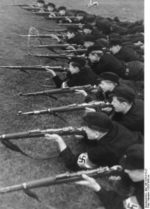 Szkolenie wojskowe członków Hitlerjugend